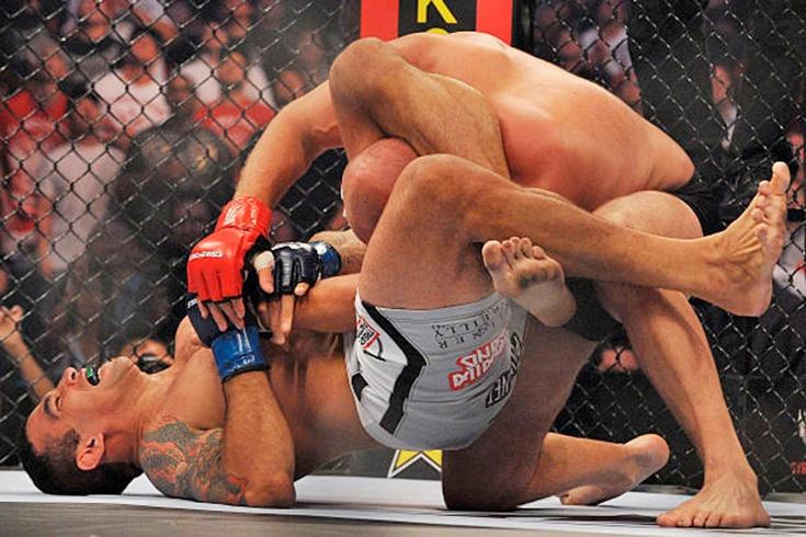 UFC 249, Алексей Олейник против Фабрисиу Вердума, 10 мая 2020 года