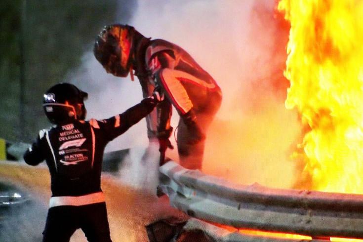 Гонщик «Хааса» Ромен Грожан рассказал, как выбирался из огня после страшной аварии в Бахрейне