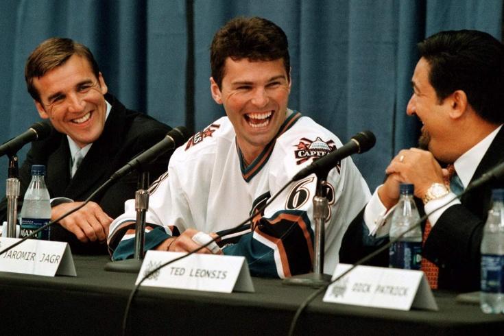 «Ягр обменян на три мешка шайб». История «бездарной» сделки, осчастливившей два клуба НХЛ